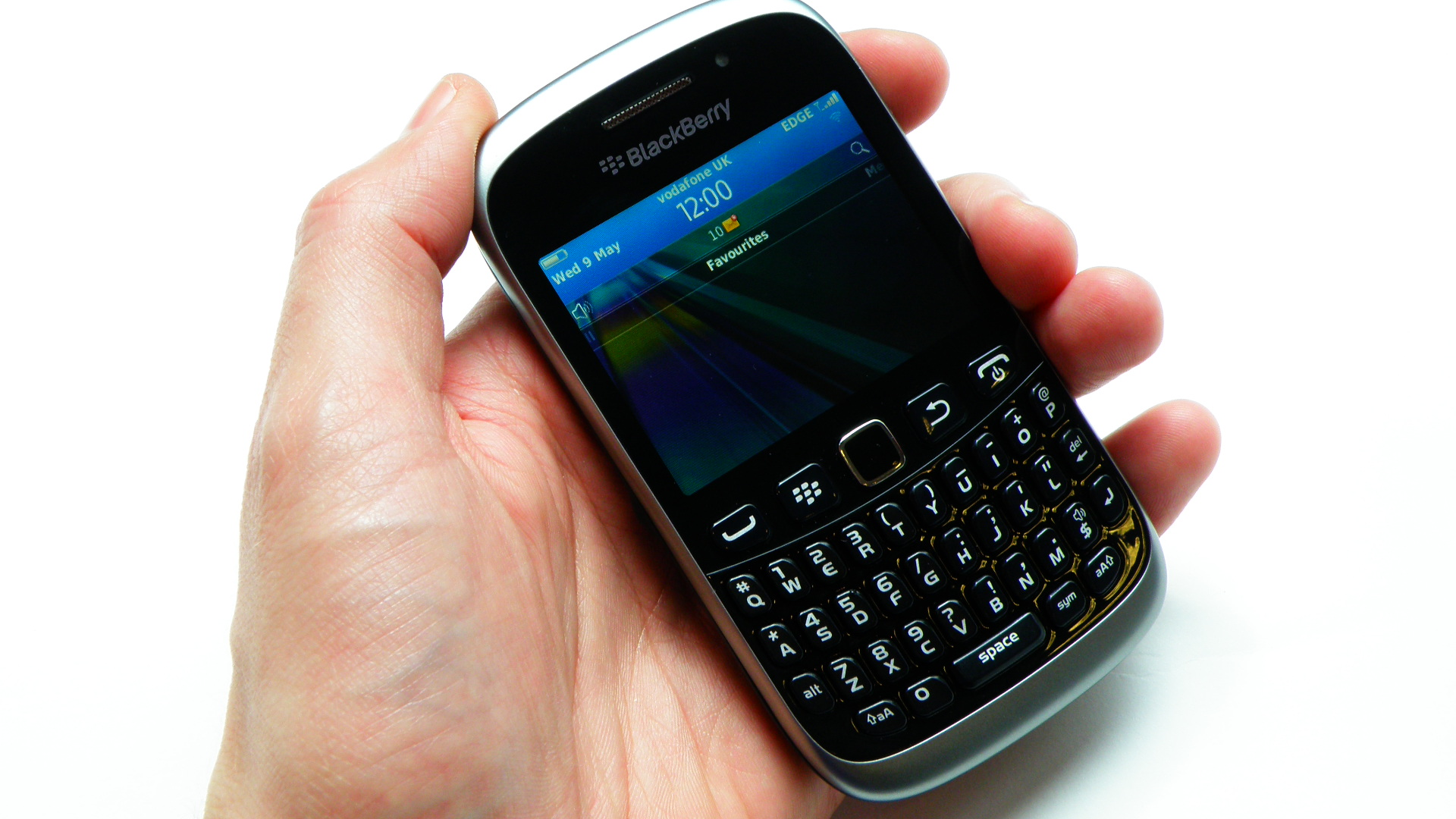 Hands-on review: BlackBerry Curve 9320
