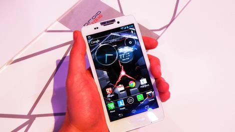 Hands-on review: In Depth: Motorola Droid Razr HD