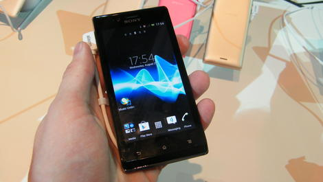 Hands-on review: IFA 2012: Sony Xperia J