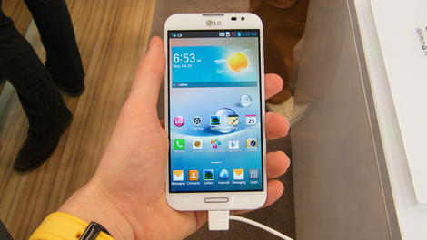 Hands-on review: MWC 2013: LG Optimus G Pro