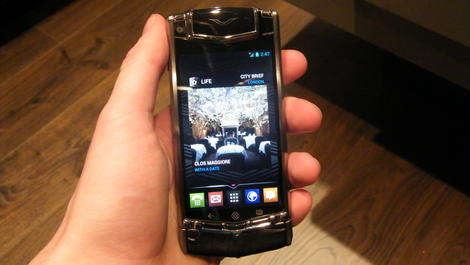 Hands-on review: Vertu Ti