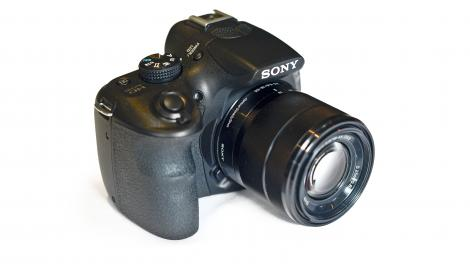 Review: Sony Alpha 3000