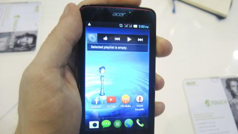 Hands-on review: MWC 2014: Acer Liquid Z4
