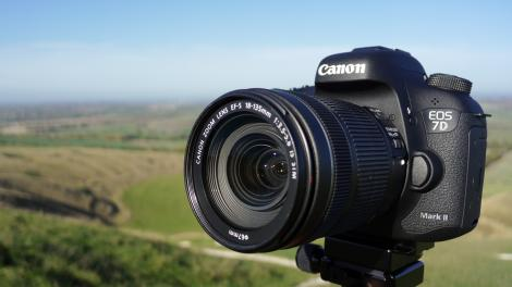 Hands-on review: Updated: Canon 7D Mark II