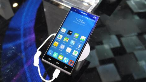 Hands-on review: MWC 2015: ZTE Star 2
