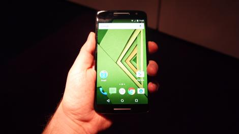 Hands-on review: Moto X Play