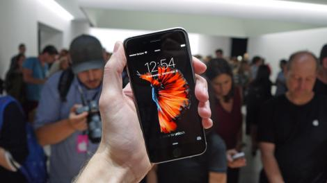 Hands-on review: iPhone 6S