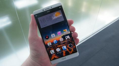 Review: Updated: Oppo R7 Plus
