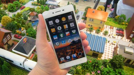 Review: Updated: Oppo R7