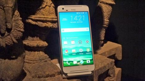 Hands-on review: MWC 2016: HTC One X9