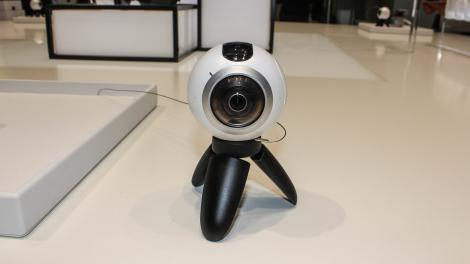 Hands-on review: MWC 2016: Samsung Gear 360