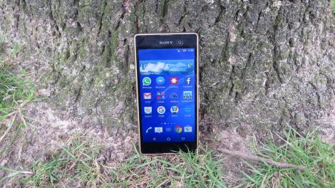 Review: Sony Xperia M5